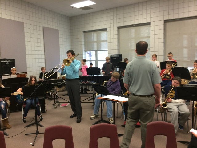 "Mike Conrad improvising with the Prairie Ridge Jazz Band on ""Don't Climb on the Iguana"""